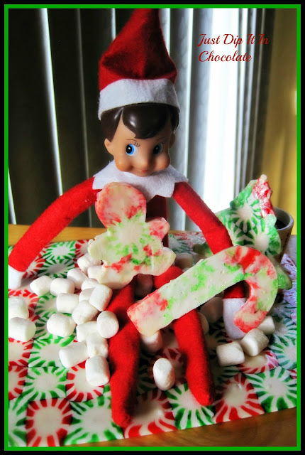Decorating with Christmas Candy, the sweetest and easiest way to bring some Christmas cheer into your home!