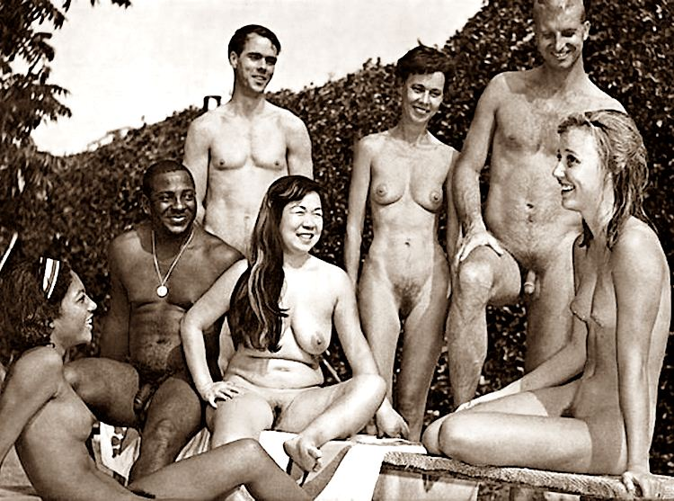 Linda and friends nudist