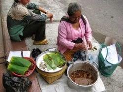 Kisah nenek penjual tempe