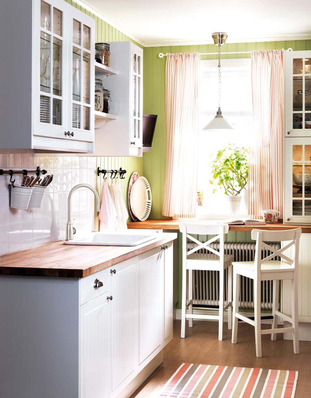 8 ideas para decorar una cocina con office - Ideas para decorar tu cocina ...