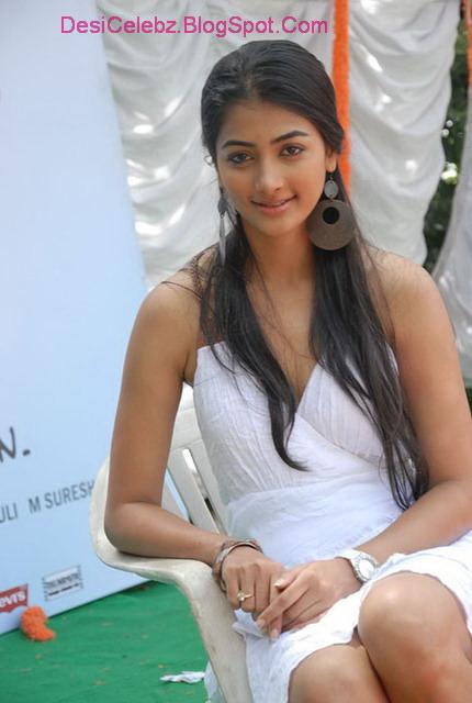 Sexy Pooja Hedge