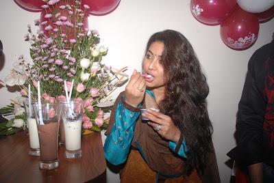 sneha new @ cafe chokolade launch unseen pics