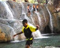 Air Terjun Oenasu