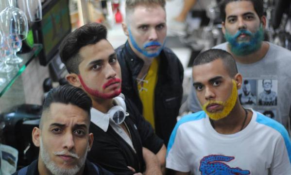 Barba colorida: tingir a barba virou moda no Rio de Janeiro