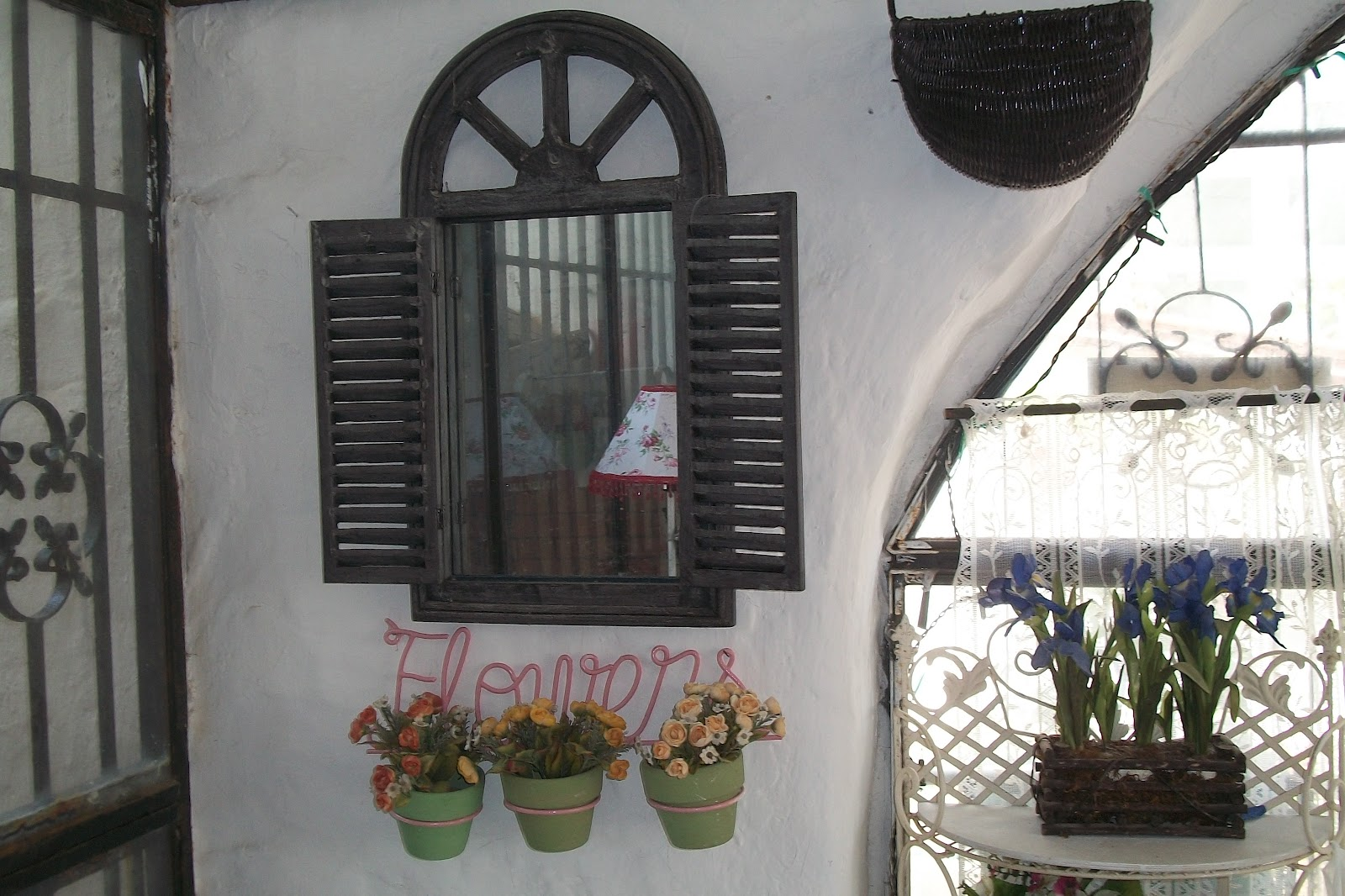 La casa di rory la mia veranda rifatta riciclando for Vecchi piani di casa artigiano