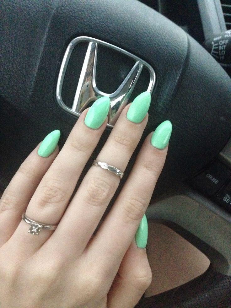 Almond Shaped Acrylic Nails