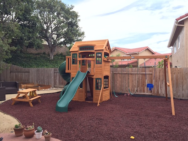 Backyard Remodel   Childrenu0027s Playground With Rubber Mulch