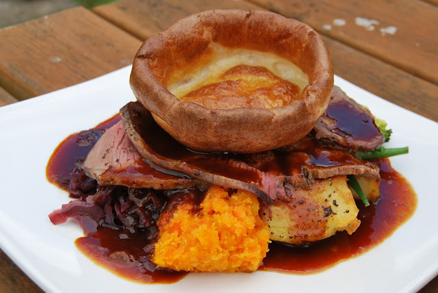 Sunday roast, Castle Inn Hotel, Bramber village, Sussex