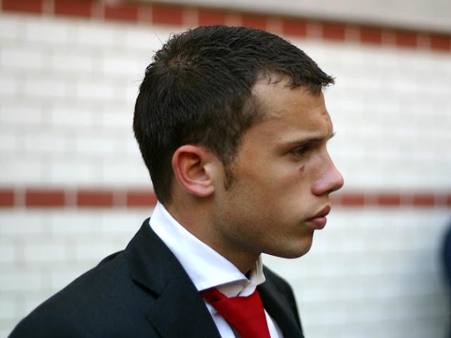 Profil Biodata Johnny Heitinga, Timnas Sepakbola Belanda Berdarah Indonesia
