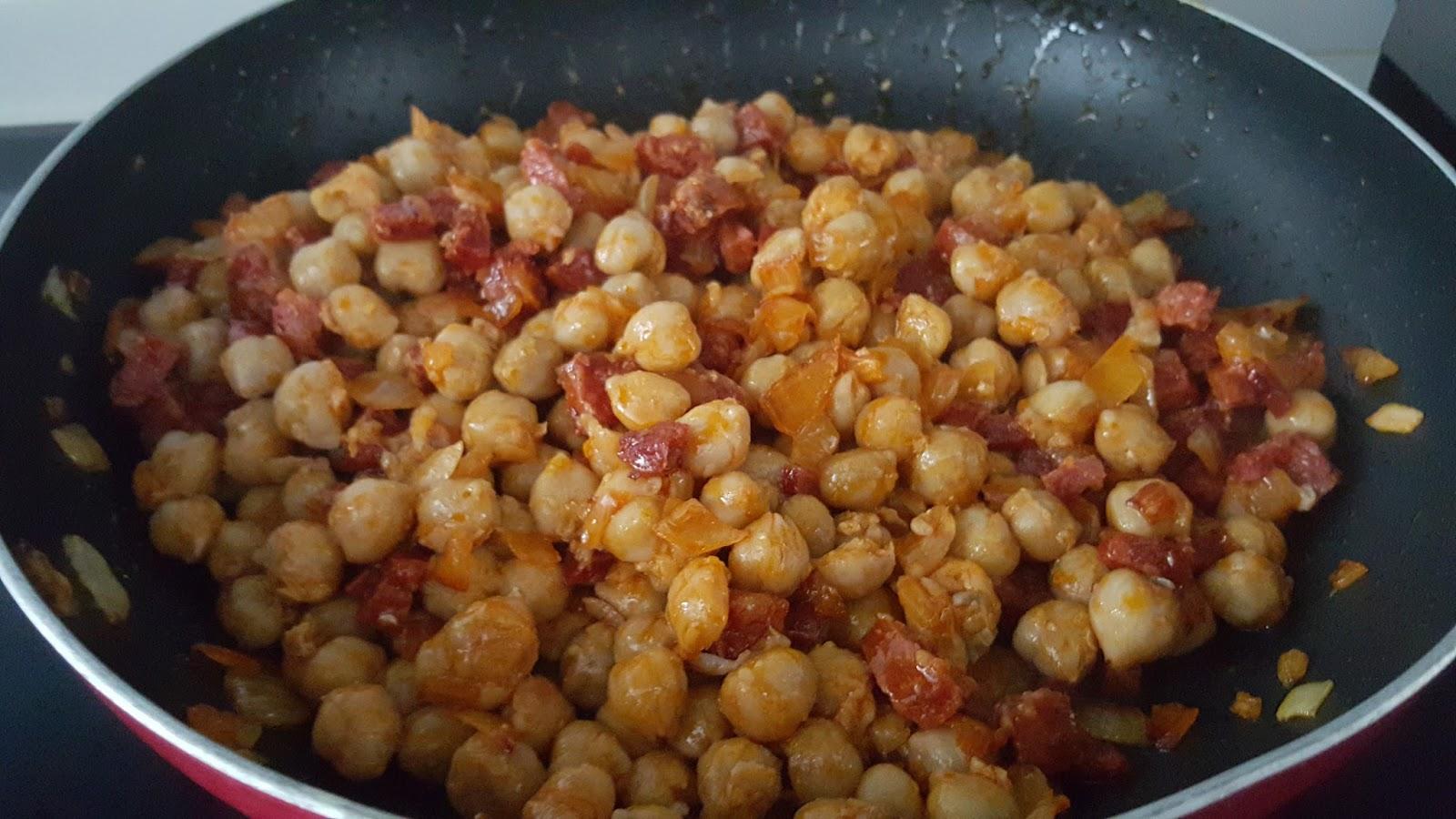 Recetas y a cocinar se ha dicho garbanzos fritos con for Cocinar garbanzos