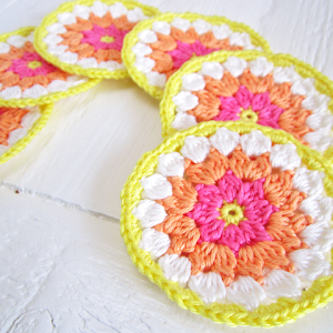 Flower Coster Tutorial II (Etsy)