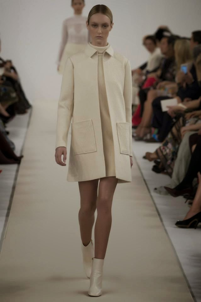 Dise o moda pasarela la blanca colecci n de alta - Diseno alta costura ...