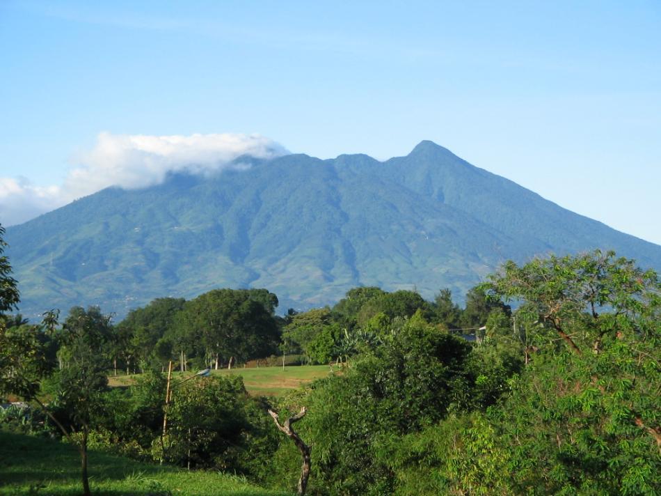 Gunung Salak (Doc:google)