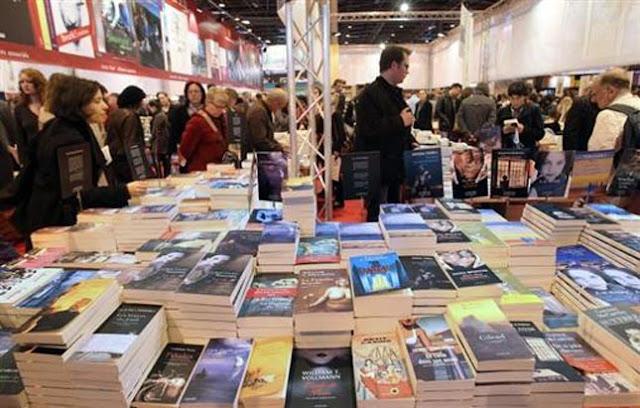 フランスで最も大規模な書籍の見本市「パリ書籍見本市」(サロン・ ドゥ・リーヴル・ド・パリ)。
