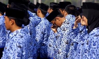 Guru Honorer se Indonesia Ancam Gelar Demo Telanjang