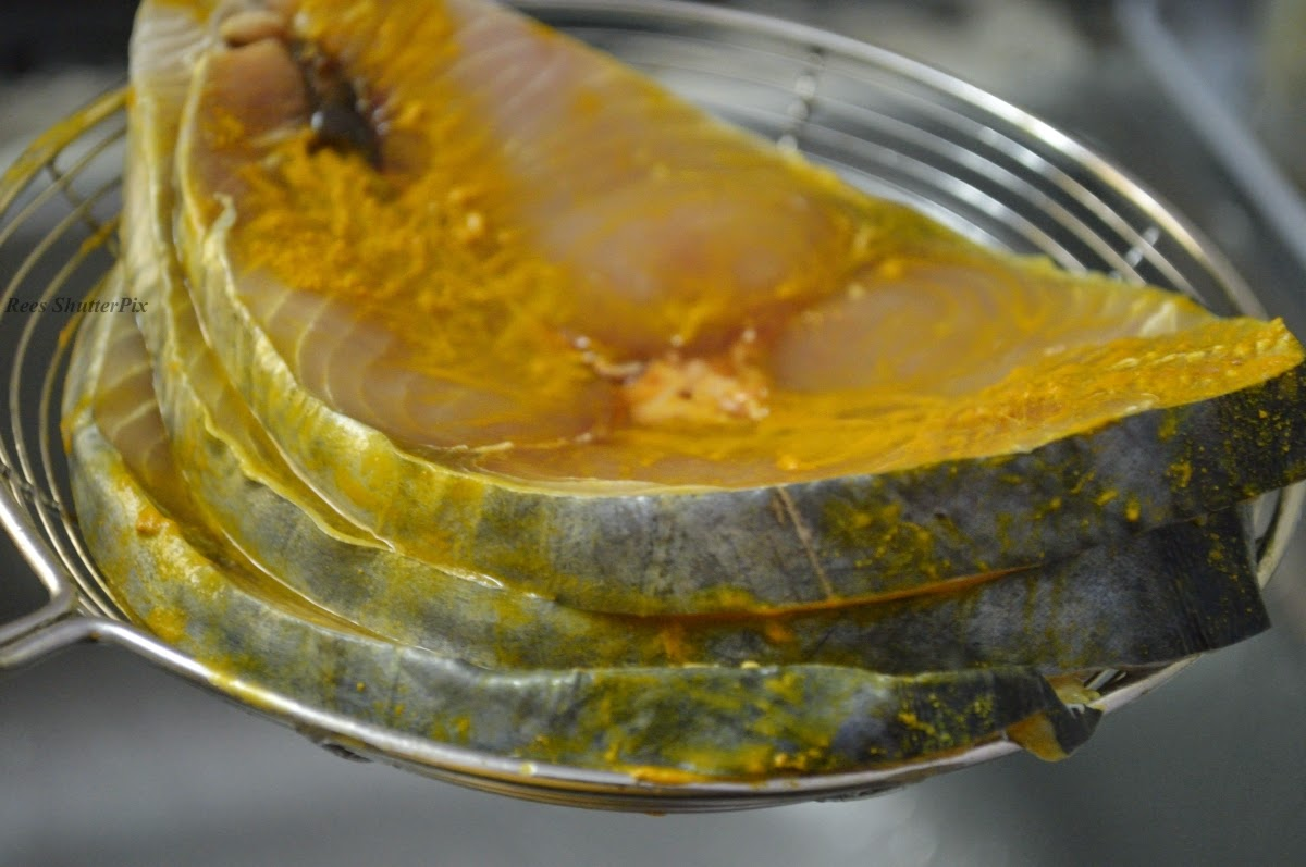 Seer fish spicy lemon fry recipe vanjaram meen varuval for Lemon fish recipe