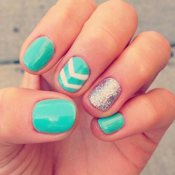chevron nails nail design