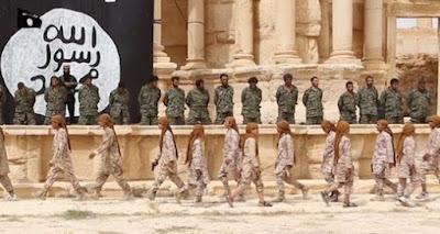 Palmyra: 25 Syrian soldiers killed by IS teenage members
