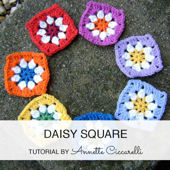 http://myrosevalley.blogspot.ch/2010/03/daisy-square-tutorial.html
