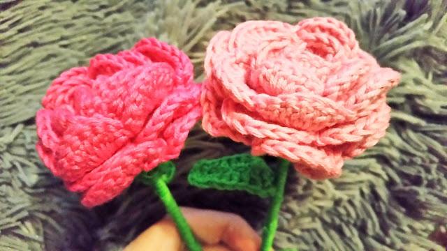 http://srtacacahueta.blogspot.com.es/2015/06/regalate-una-rosa.html