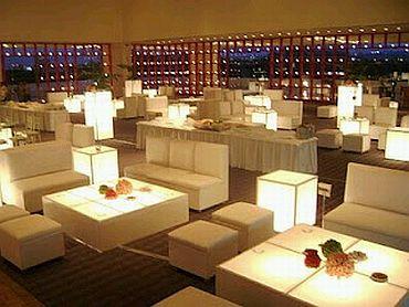Decoraci n de bodas minimalistas salones - Decoracion salones minimalistas ...