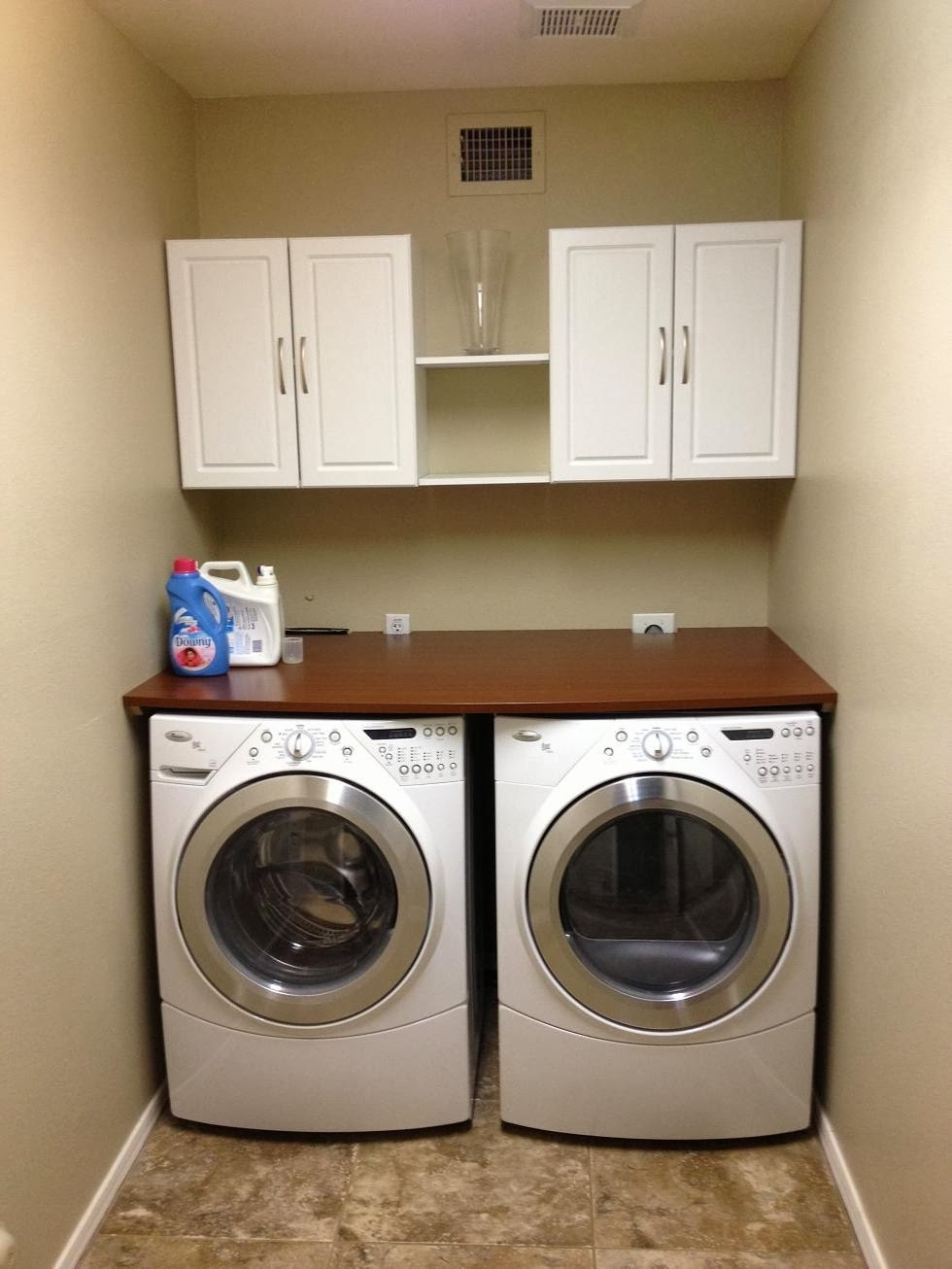 Hesselblogger laundry room for Laundry room countertop over washer and dryer