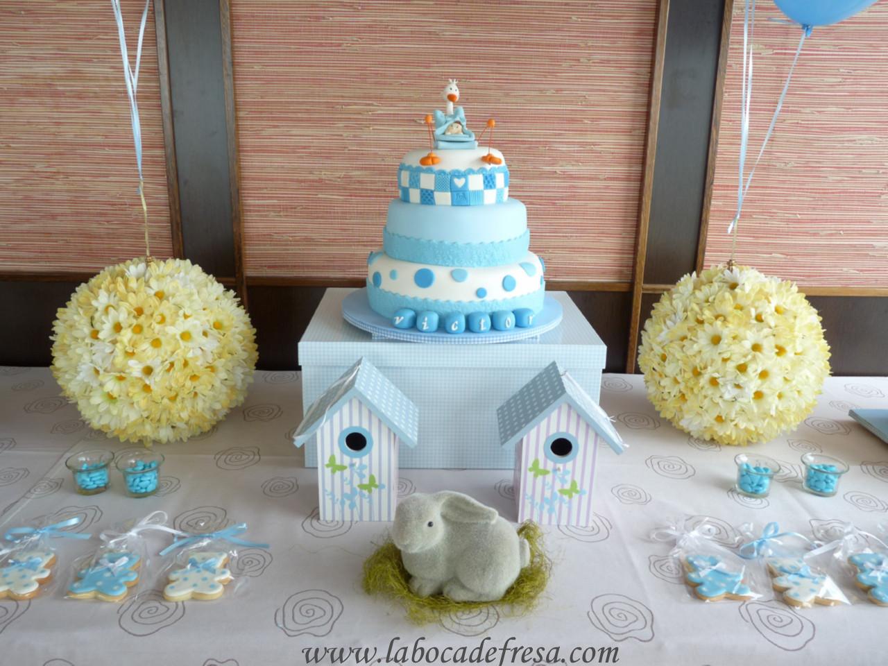 Pin como hacer un centro de mesa para baby shower ni o - Hacer mesa dulce bautizo ...