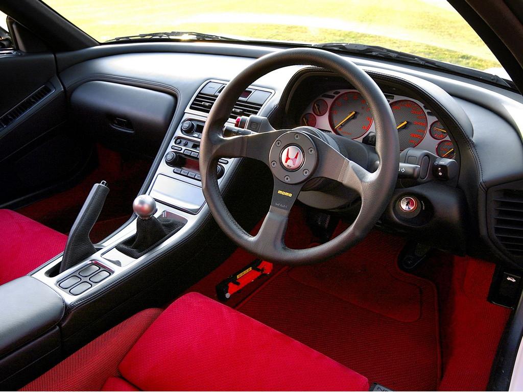 Honda NSX japoński supercar sportowy samochód kultowy V6 RWD Type R JDM NA2 wnętrze interior