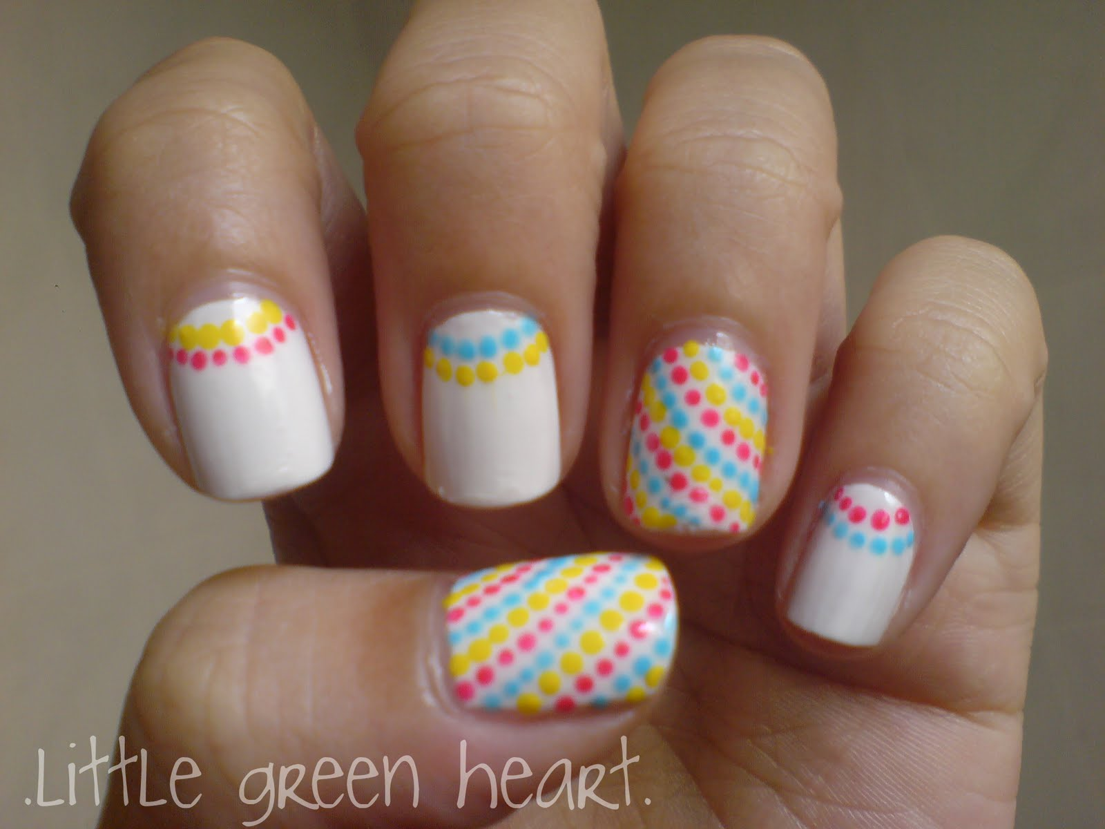 Cute and Colorful Dots for your Nails : Everything About Fashion Today!