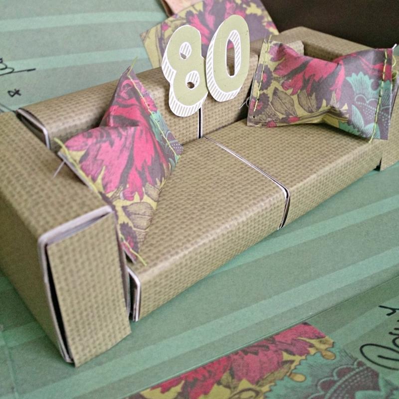 explosionsbox mit sofa. Black Bedroom Furniture Sets. Home Design Ideas