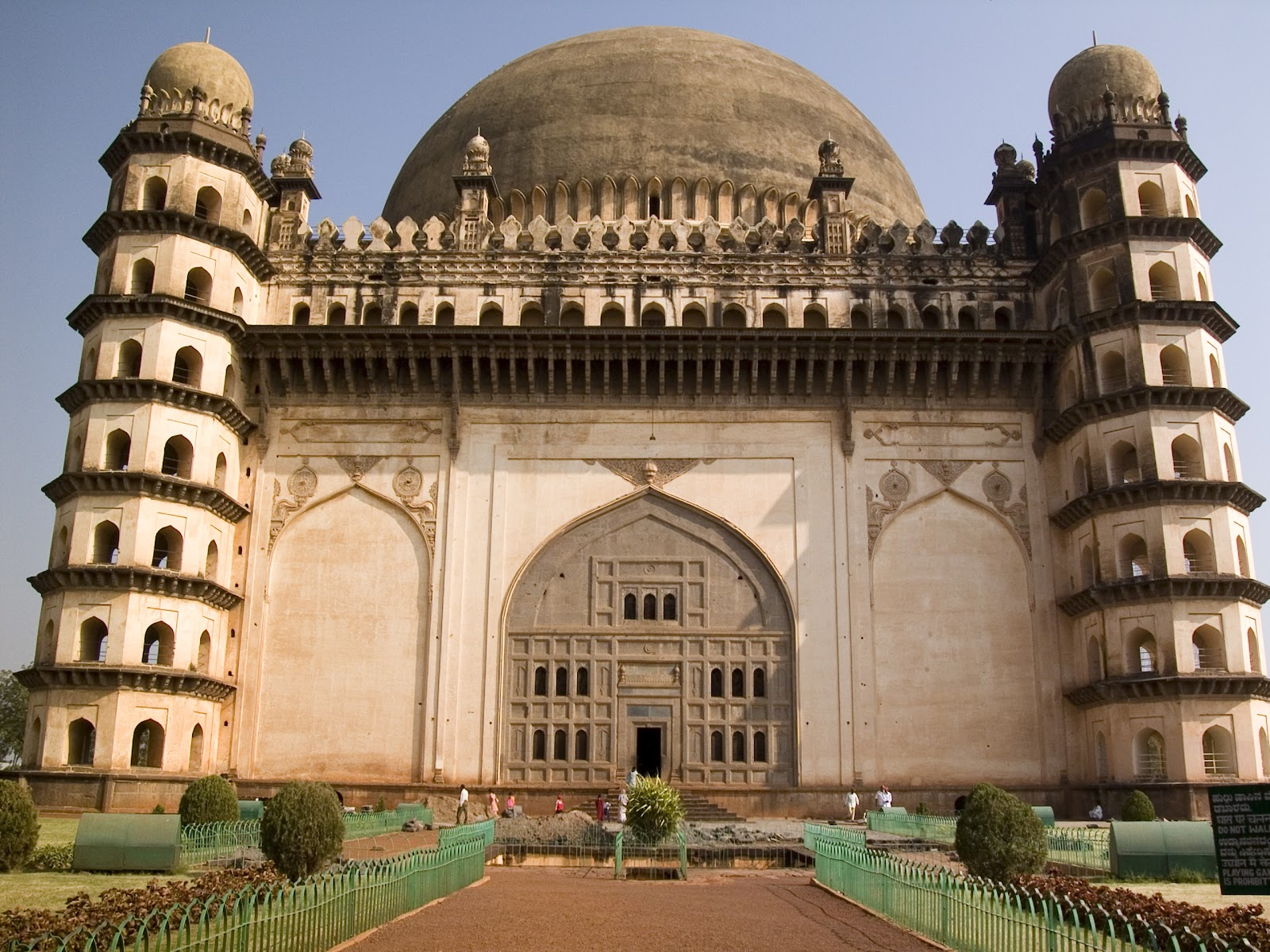 Historical places in india enchant your journey behind for Historical vacation spots in the south