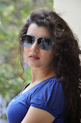 Archana photos in blue top-thumbnail-2