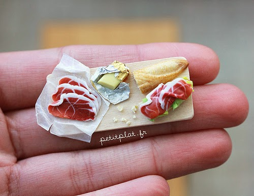 05-Stéphanie-Kilgast-Incredible-Miniature-Foods-Savoury-Sweet-Dishes-Dolls-House-www-designstack-co