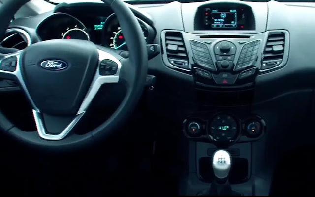 Novo Fiesta hatch 2014 - interior - painel