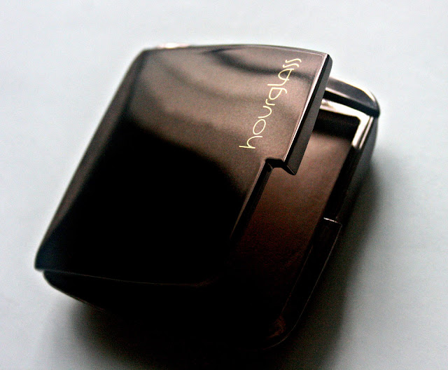 Hourglass Ambient Lighting Powder in Dim Light Packaging