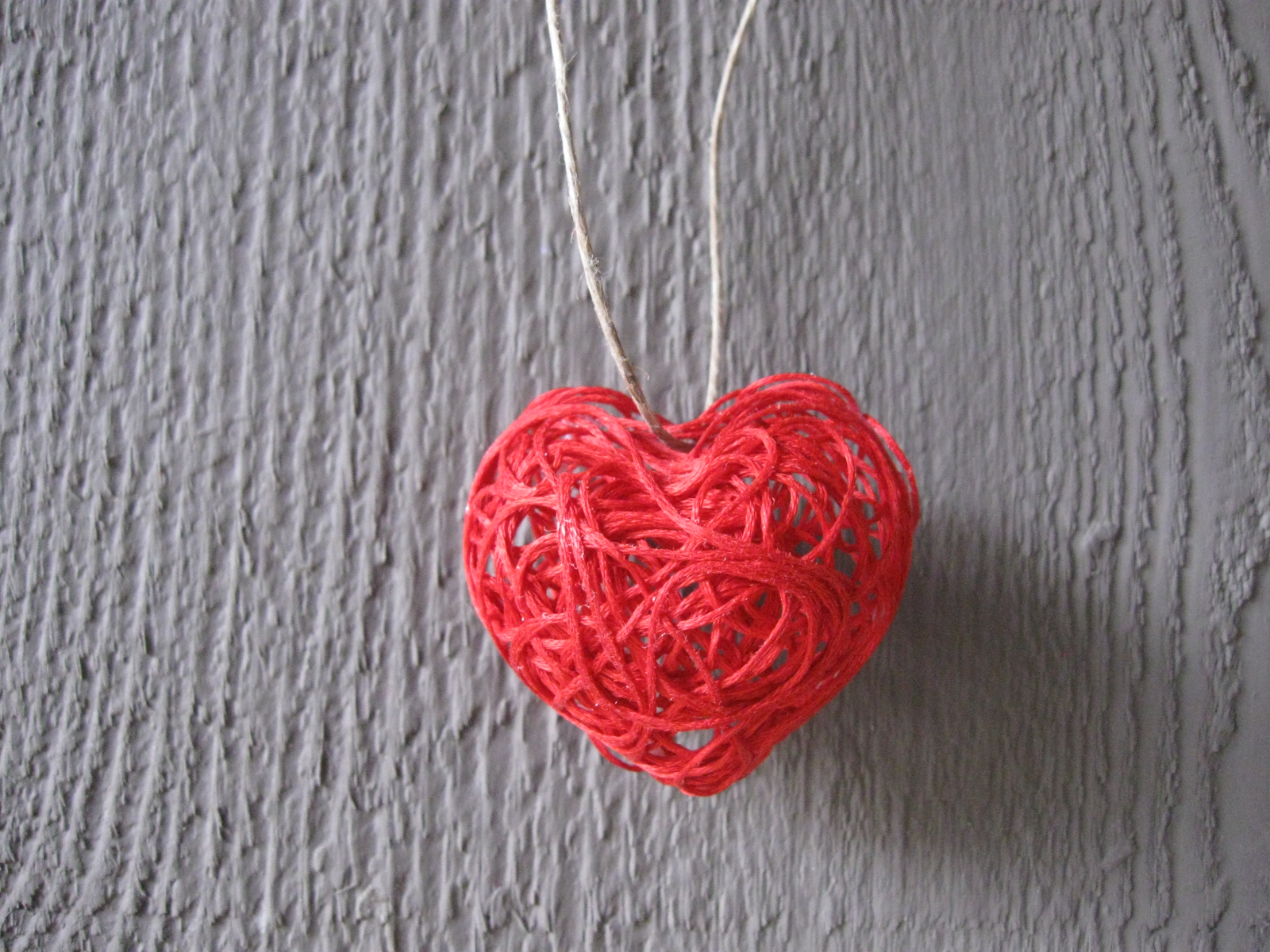 craft klatch valentine 39 s day string heart craft tutorial