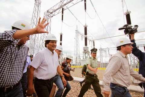 Inauguran planta termoeléctrica en Yacuiba