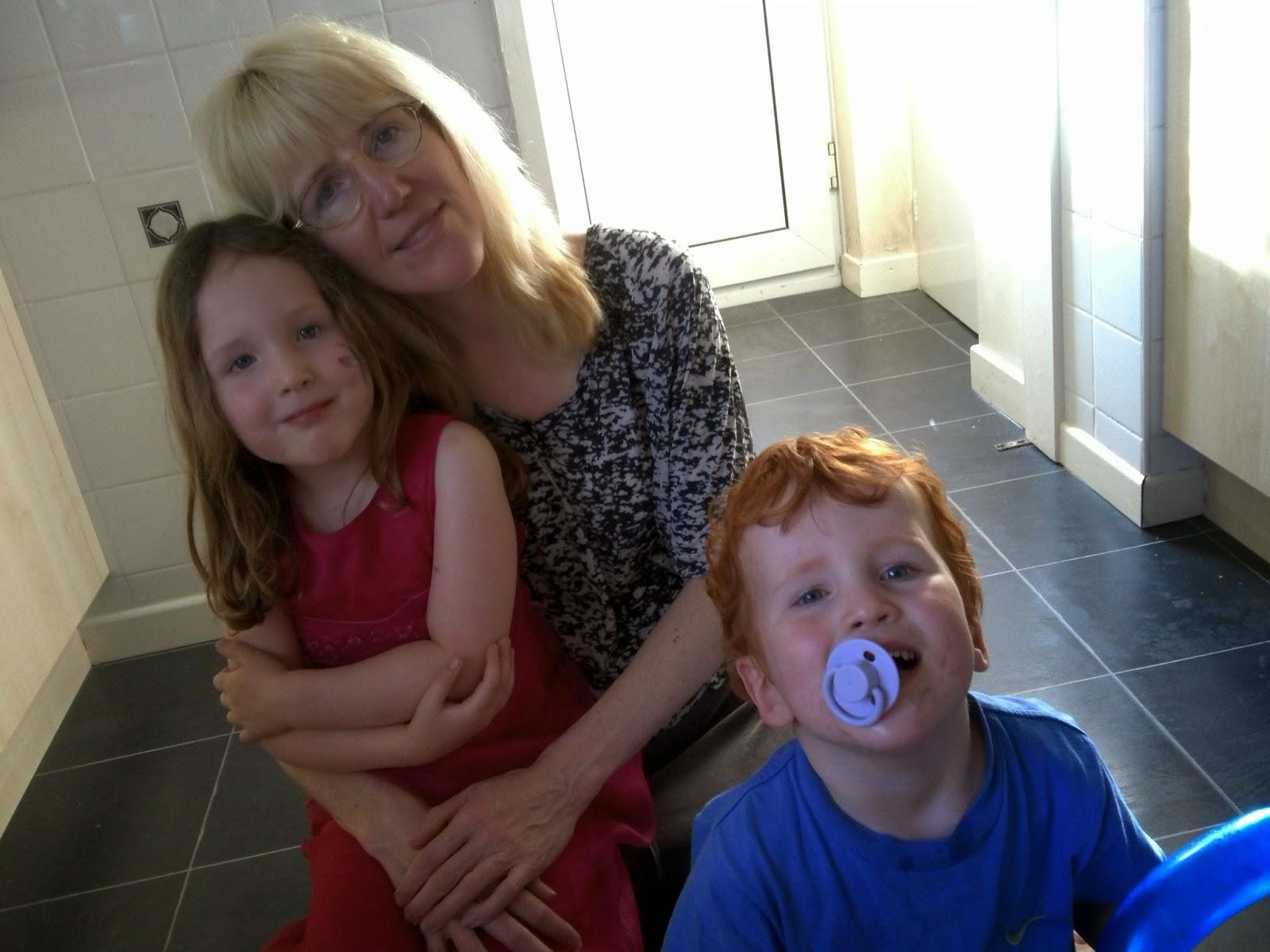 Linda, Caitlin & Ieuan