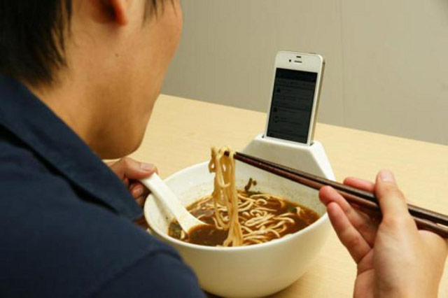15 Creative Products And Gadgets For Your Iphone