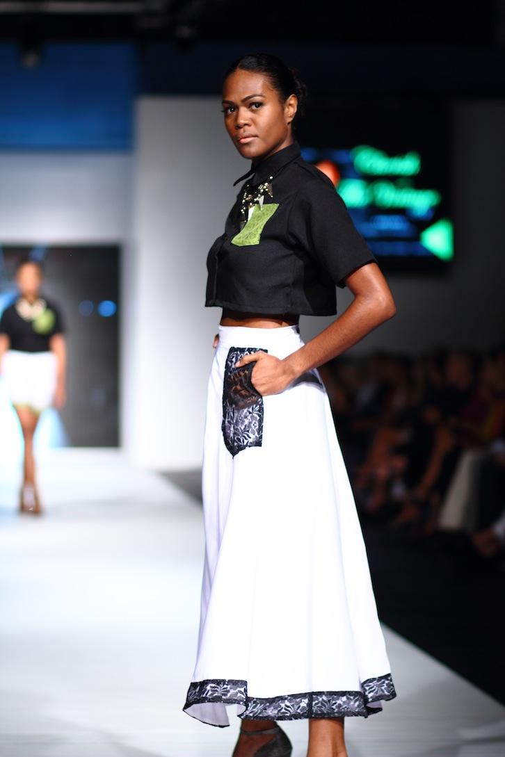 Bloggers fashion present runway mbffs fotos