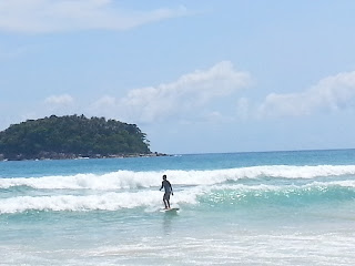 Kata Beach - surfing in Phuket