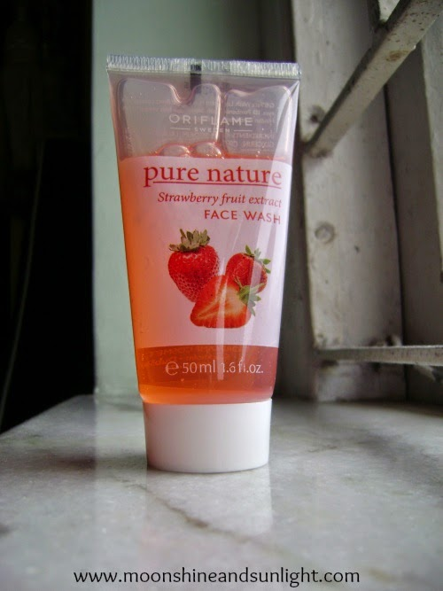 Oriflame pure nature strawberry fruit extract face wash review