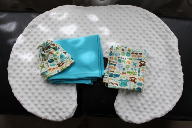 How To Make A Car Seat Swaddle Blanket: FREE PATTERN - YouTube