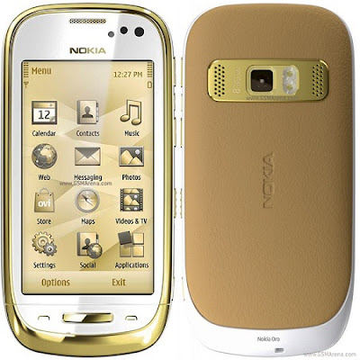 new Nokia Oro gold-plated Version of Nokia C7 2011