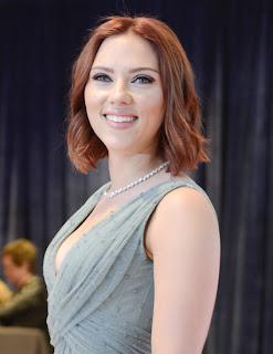 Short hairstyle Inspiration From Celebrity Scarlett Johansson