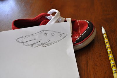Como hacer alas para las zapatillas en Recicla Inventa