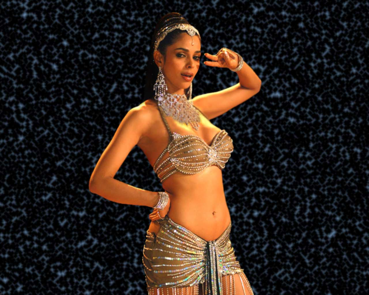 mallika sherawat hot ~ hot hollywood acctress