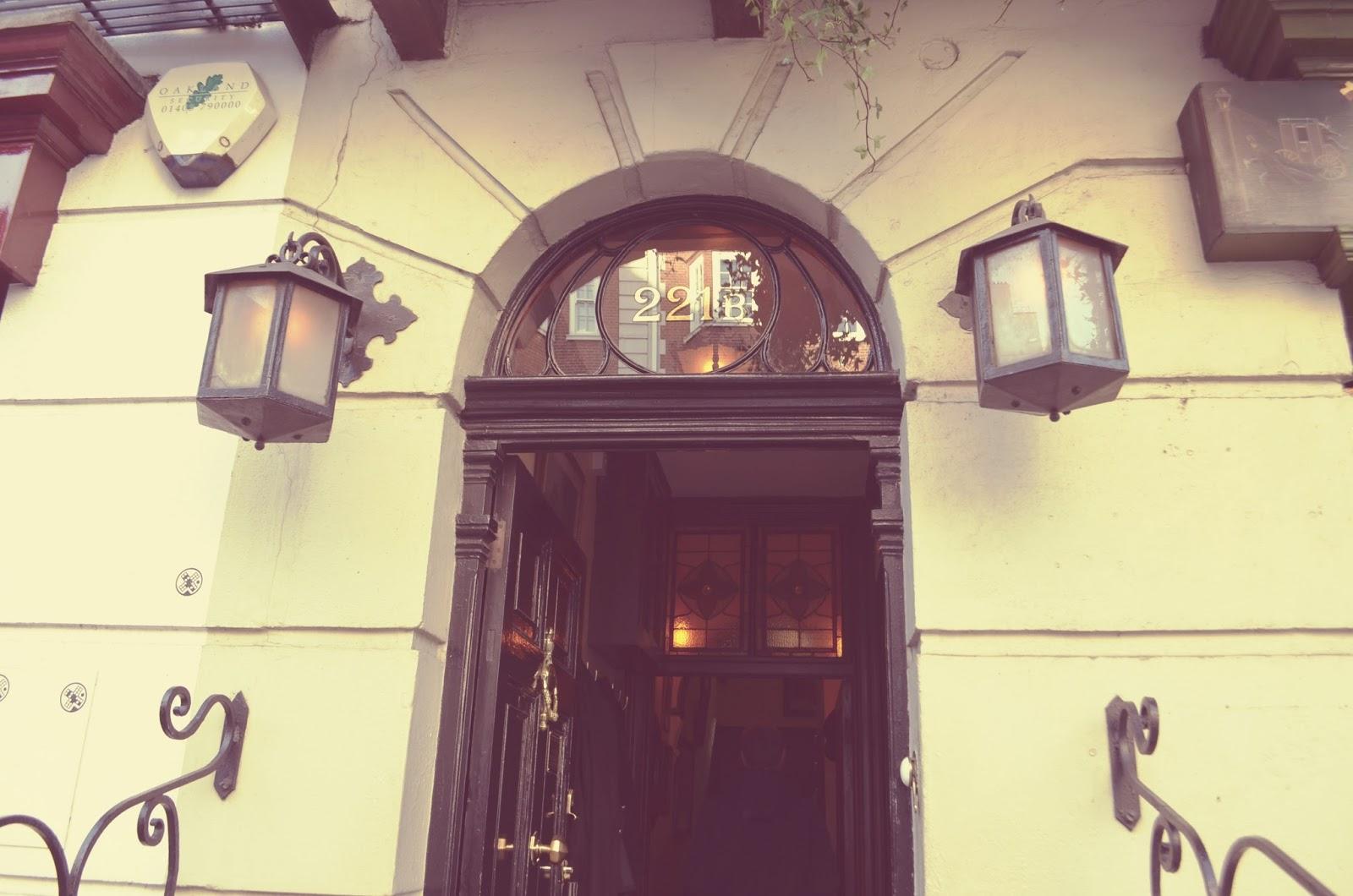 221b Sherlock Museum Front door