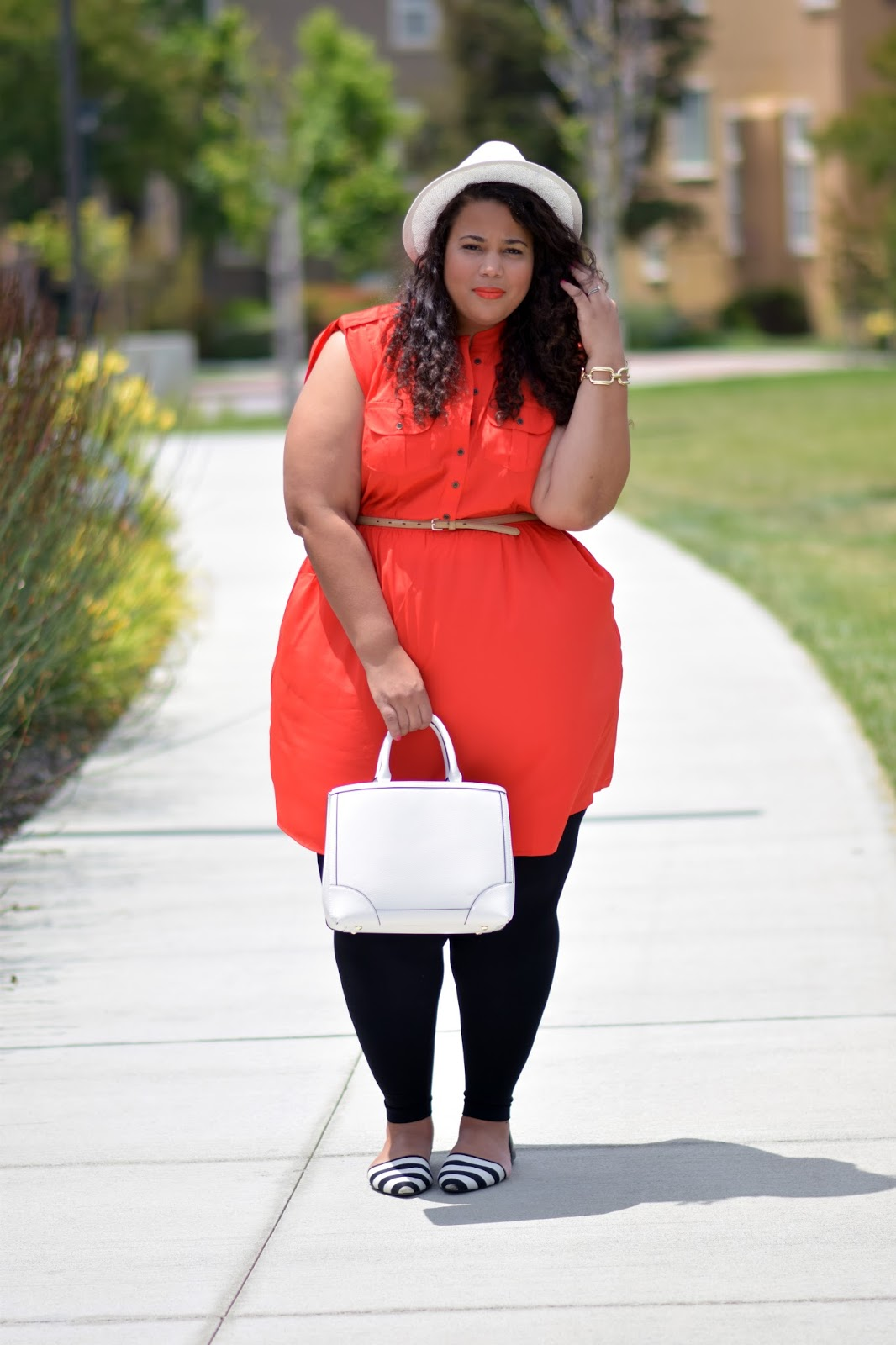 Lane Bryant has over stores nationwide specializing in quality, fashion-forward plus size clothing and lingerie especially designed to fit and flatter curvy women. Lane Bryant knows that style is not a size, it's an attitude, and each store embraces and reflects the .