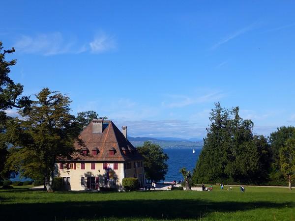 Yvoire Haute-Savoie bourg médiéval plus beau village de france lac léman domaine la chataignière